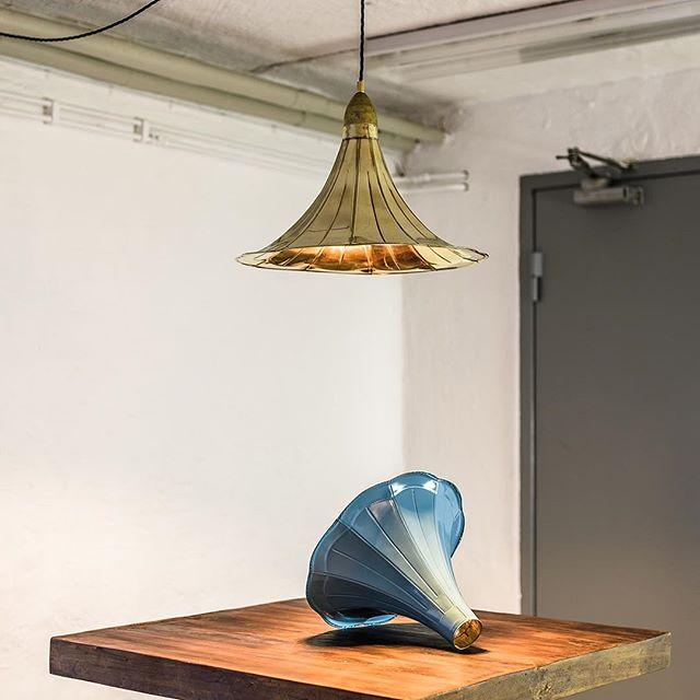Thinking autumn needs more colours. An experiment in progress... . . . . . #RustyRemakes #CreativeDesign #Concept #Design #Designlamp #Decor #Idea #IconicLighting #Interior #Industrial #InteriorDesign #Industrialdesign #IndustrialDecor #Interior_Delux #Lamp #Lamps #Lightdesign #LightingDesign #MadeInSweden #Scandinaviandesign #Swedishdesign #Swedishdesigner #UniqueLamps #Vintage #Vintageindustrial #gocatchsomeswag
