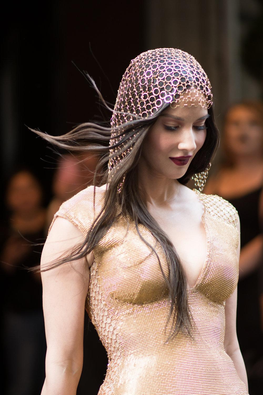 Olivia Munn in H&M.jpg