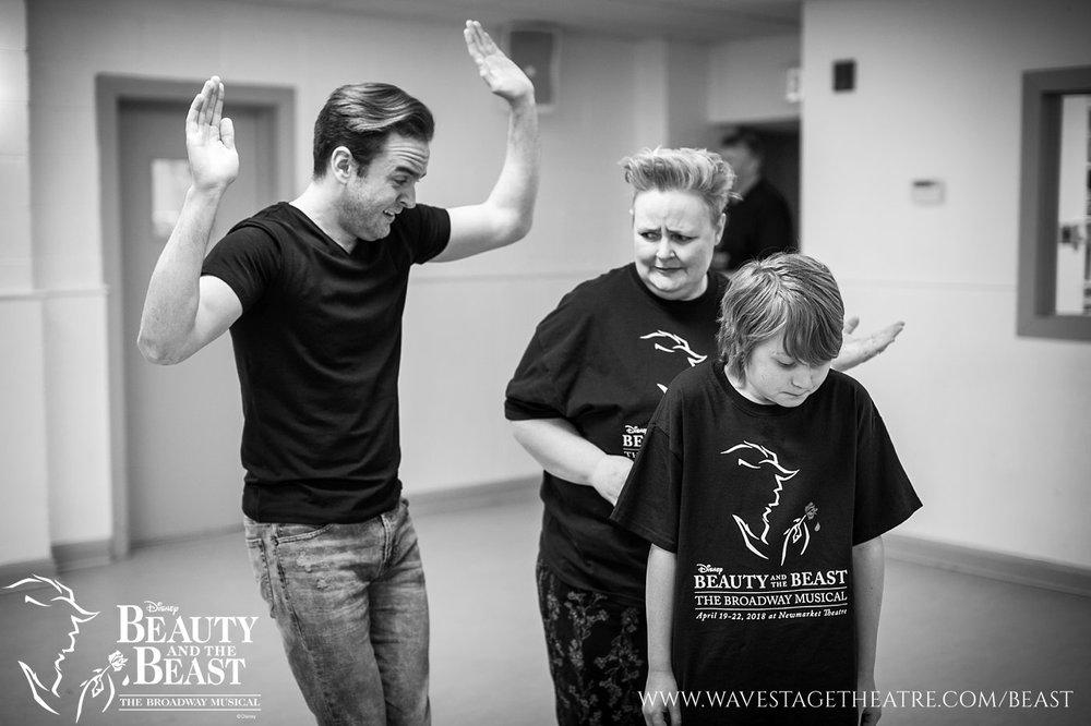 toronto-musical-theatre-newmarket-beauty-beast-lumiere-rehearsal-regional-community_0011.jpg