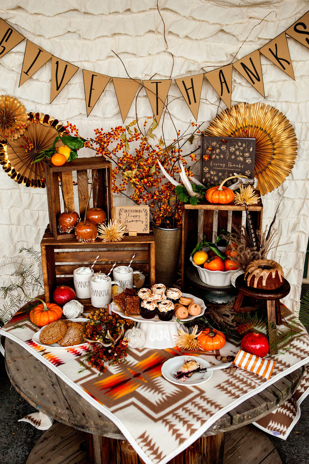 Decorating Ideas > 9 Easy Holiday Projects With Crates — Crates And Pallet ~ 075812_Thanksgiving Village Decorations
