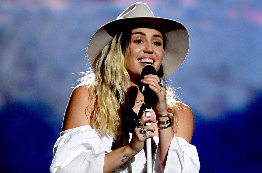 Miley.jpg