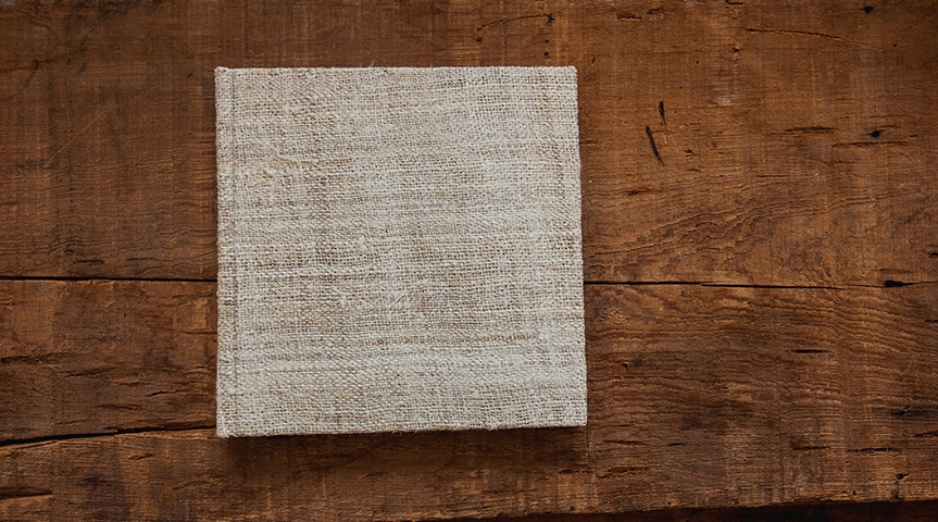 timeless style  The Guest Sign-In Book features a hemp (pictured above) or cream linen cover fabric and acid-free candlelight white pages that are truly ageless in style, so that your book will always remain protected and timeless.