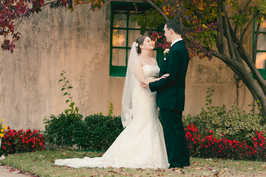 Tulsa, Norman & OKC Wedding Photographer | Dresser Mansion