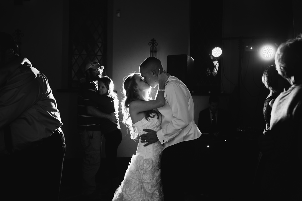 Oklahoma Wedding Photographer www.ashleyporton.com