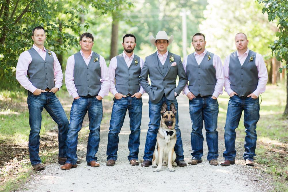 oklahoma wedding photographer pasture at willows ranch broken bow groomsmen german shepard