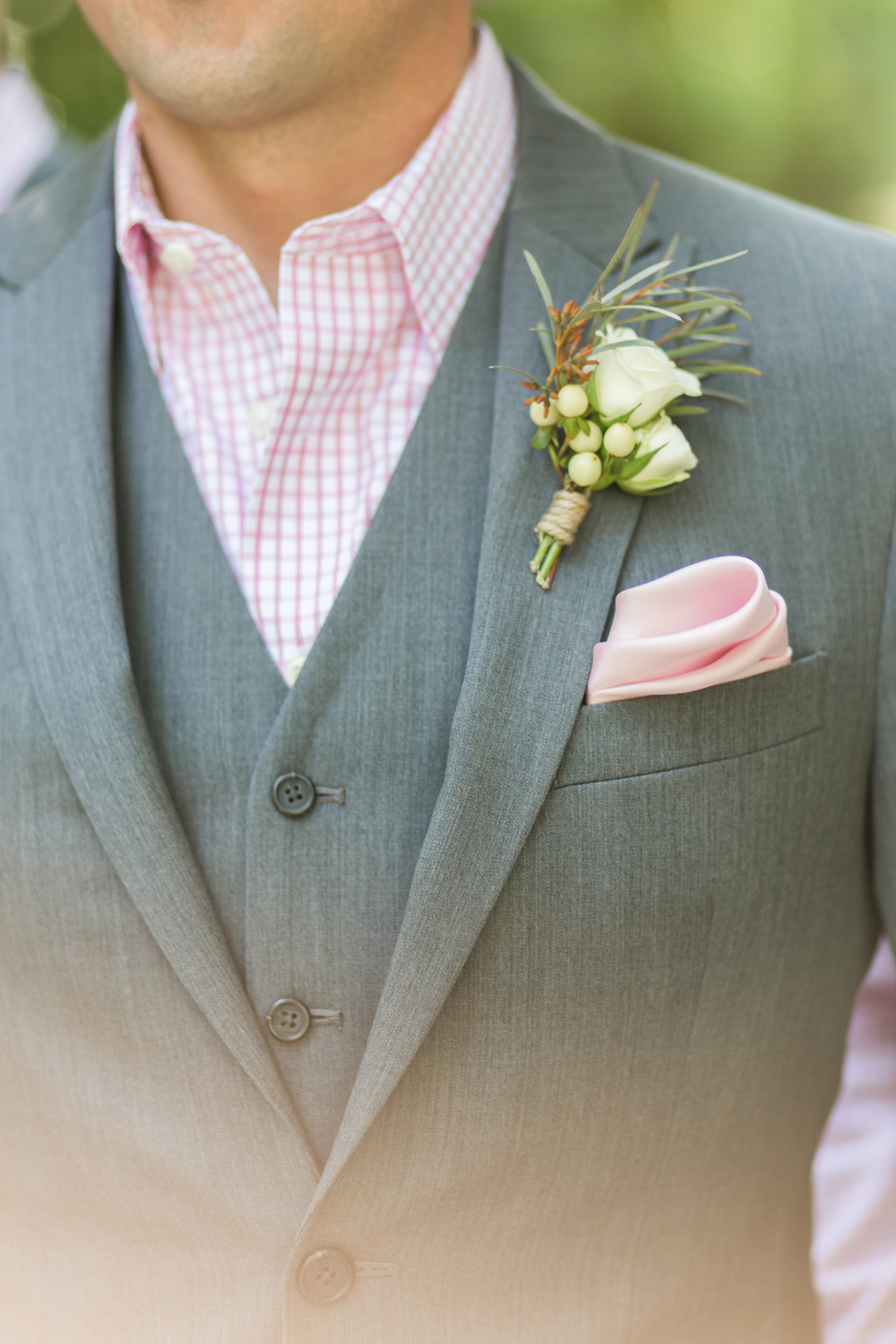 oklahoma wedding photographer pasture at willows ranch broken bow groom details boutonnière