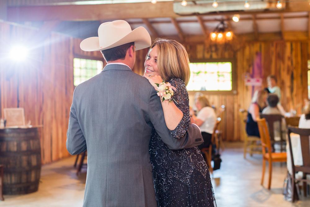 oklahoma wedding photographer pasture at willows ranch broken bow mother son dance