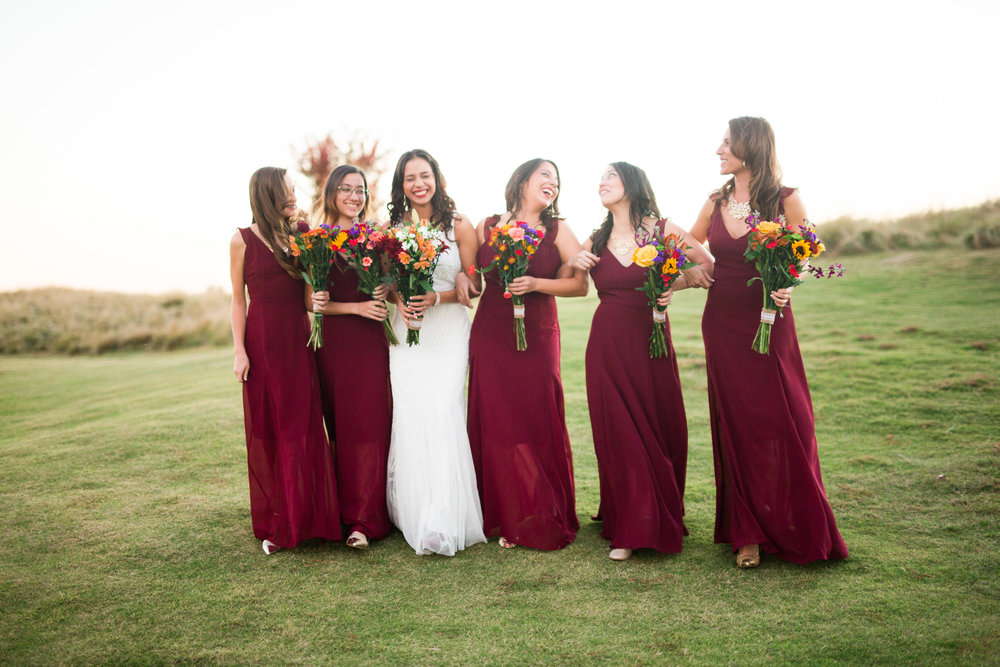 norman backyard wedding okc wedding photographer oklahoma bridesmaids laughing