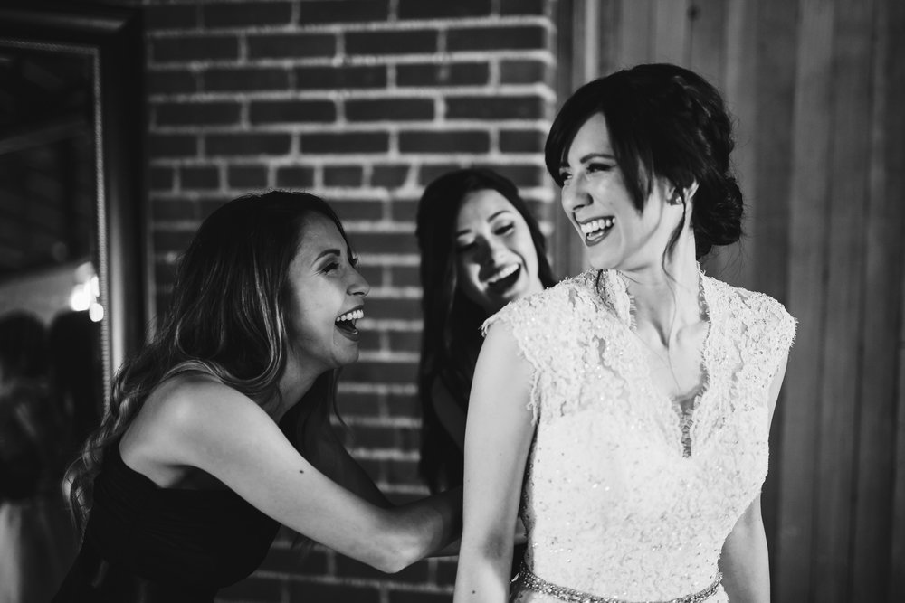 oklahoma wedding photographer norman wedding hall at the railhouse weding okc wedding photographer bride