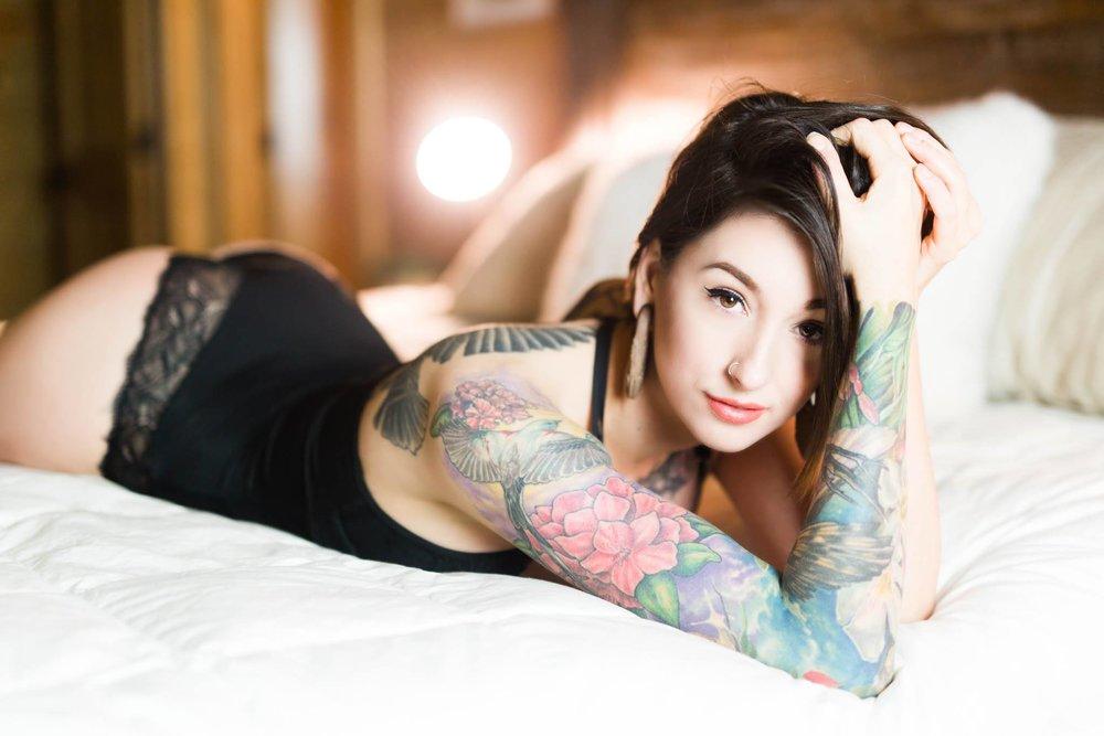 okc boudoir photographer norman oklahoma edmond okc boudoir for humans with bodies tattoo boudoir