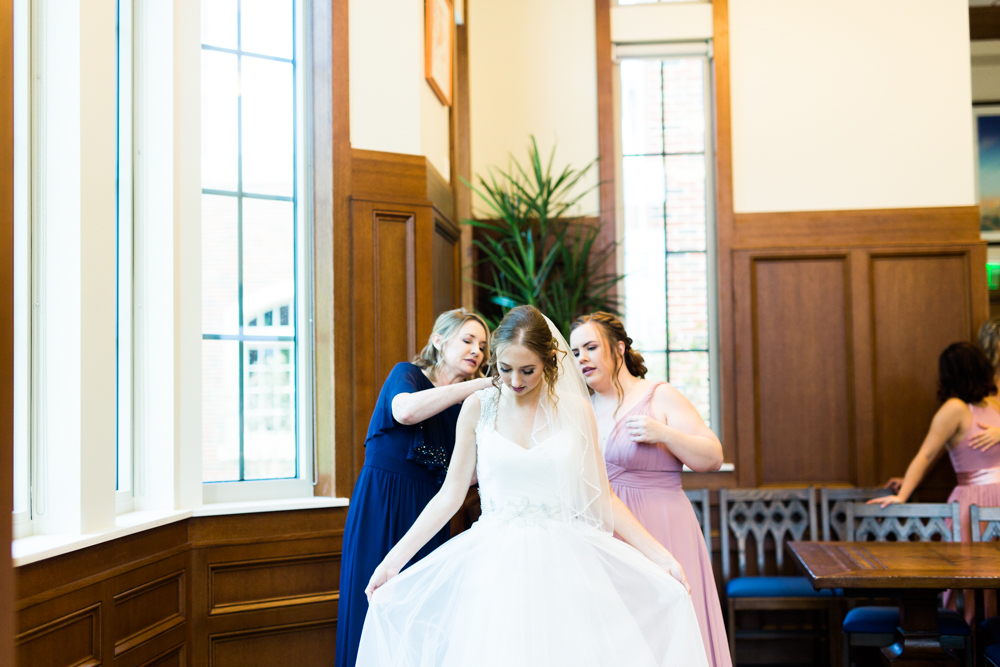 oklahoma_wedding_photographer_ou_jimmieaustin_okc-21.jpg