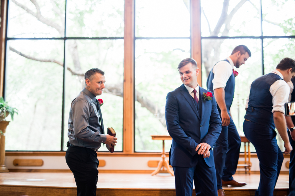 oklahoma_wedding_photographer norman thunderbird chapel-23.jpg