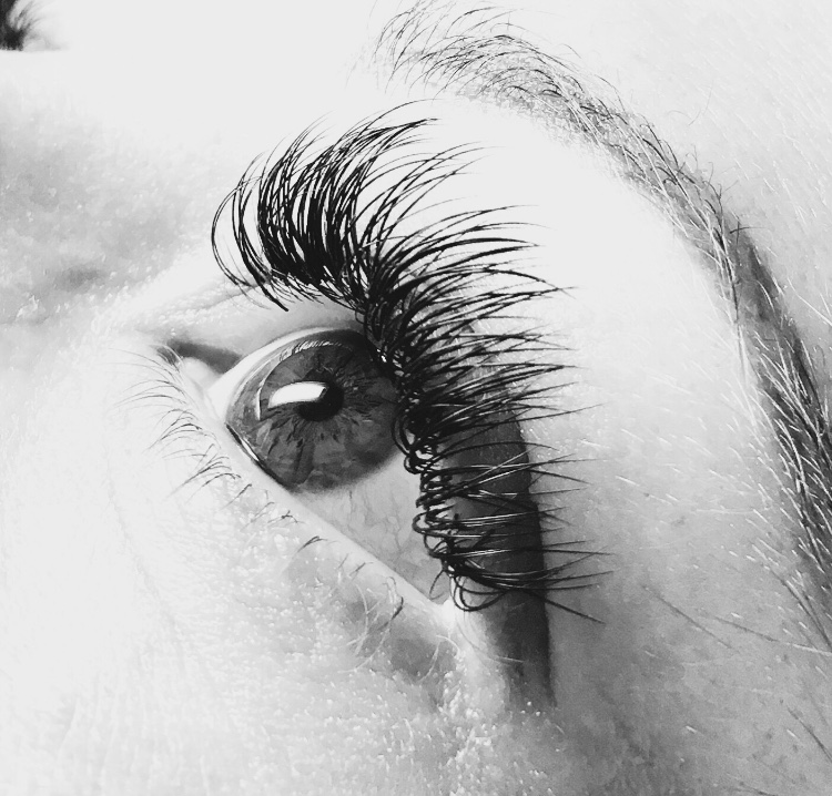 Eye Lashes    Lash extensions, lifts and tints.