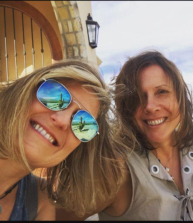Friends & wine. . . the older the better! . . .  #friends #wine #sisters #amigas #celebrate #celebratelife #argentina to #sanfrancisco  #family #amigos #love #winelife #sommlife #vineyard owners #winemaker #winelover #winesofinstagram #drink great #wines #vino #redwine #vinotinto #winetime #winenot #instagood #instawine #malbec #malbecargentino #cheers #salud