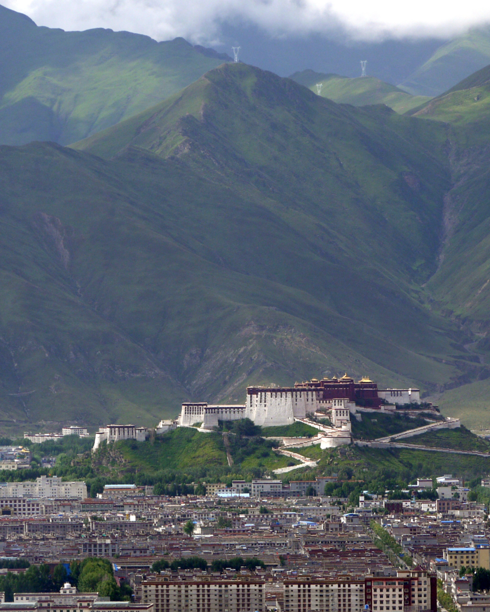 Lhasa_from_the_Pabonka_Monastery_pe.png