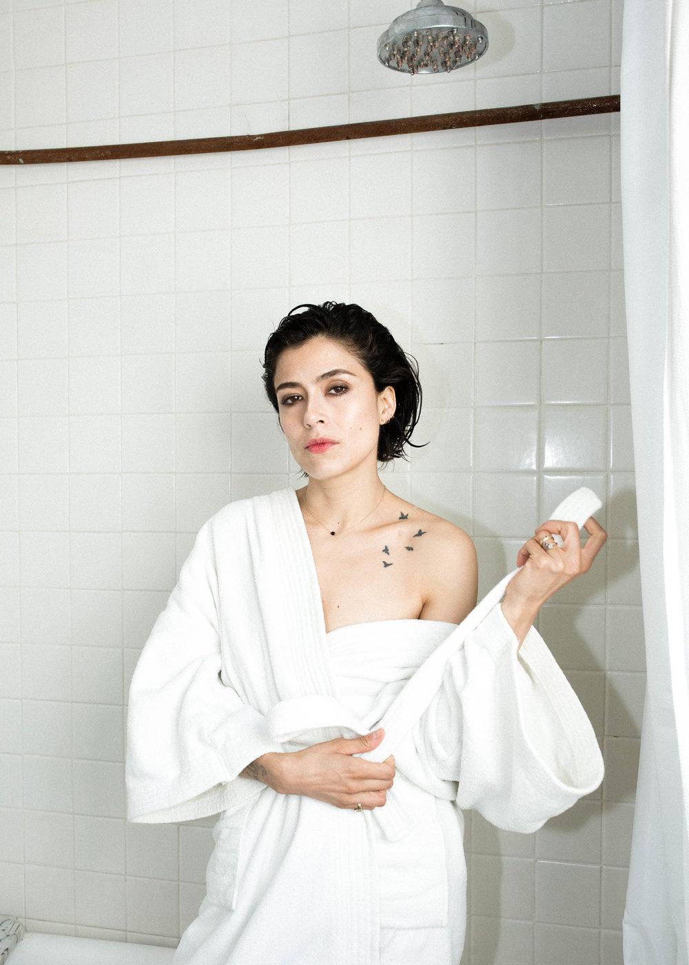 Sosa_Maguis-bathtub2.jpg