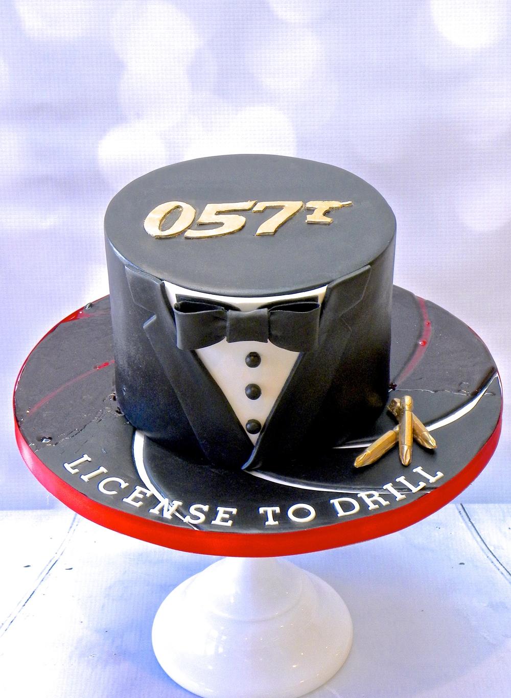 James Bond themed cake for a DIY enthusiast