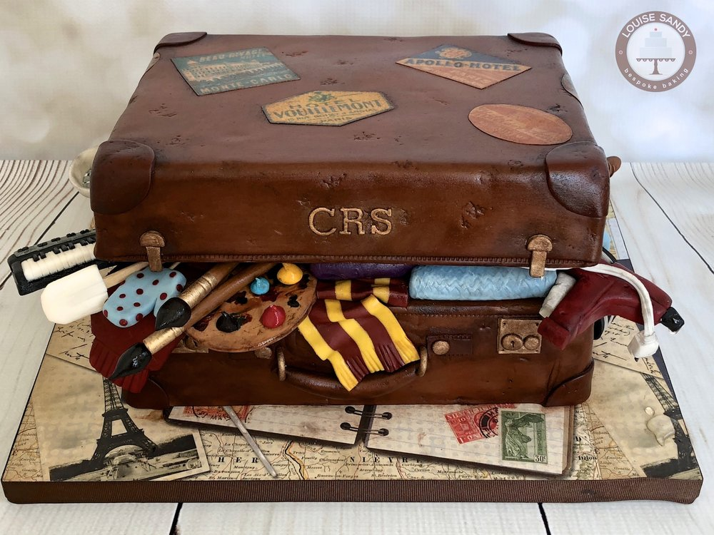 Vintage Suitcase Graduation Cake