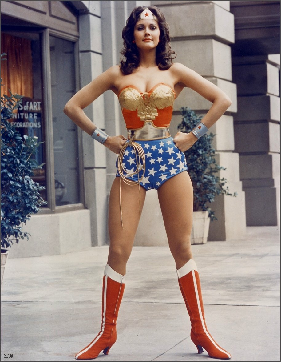 Feeling insecure? Channel your inner Wonder Woman and you'll feel more confident in seconds flat. | wepropelle.com