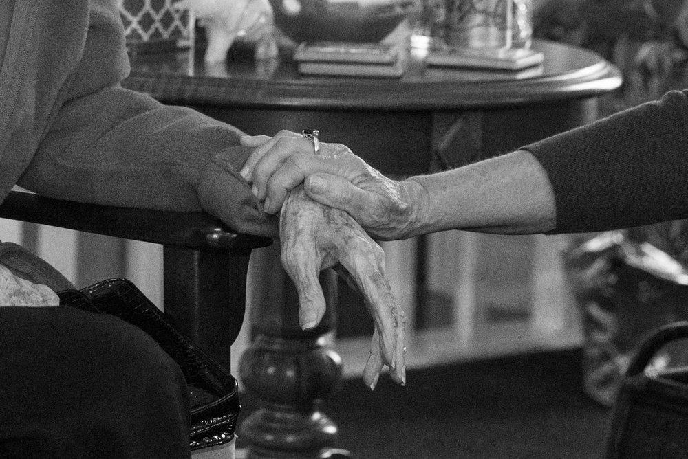CarmenBuckPhotography-DementiaPhotographer-ElderPhotographer