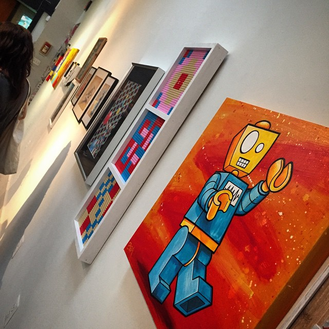 #Lego #Memebots hanging out at @superwaxx's show #ForTheLoveOfBrick! #acrylic #robot #art #WashingtonDC #TheFridgeDC