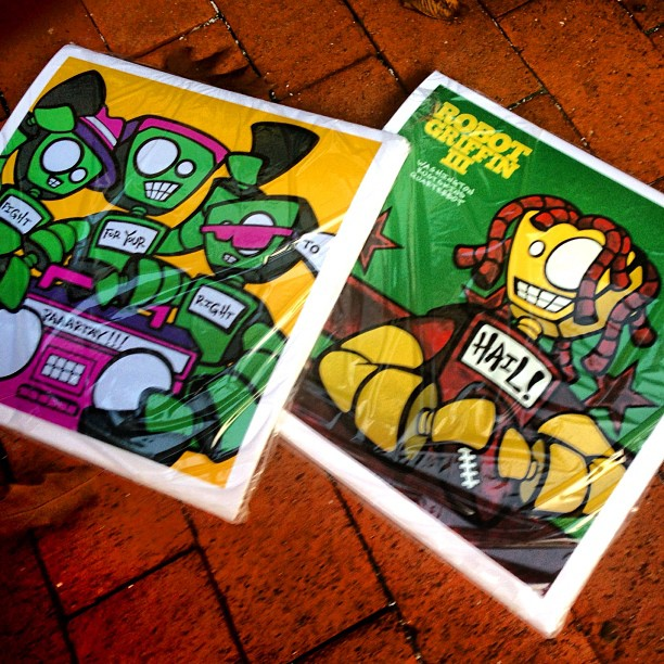 Look what the mail man dropped off today! New #memebots #art #prints! #robots #rg3 #beastieboys