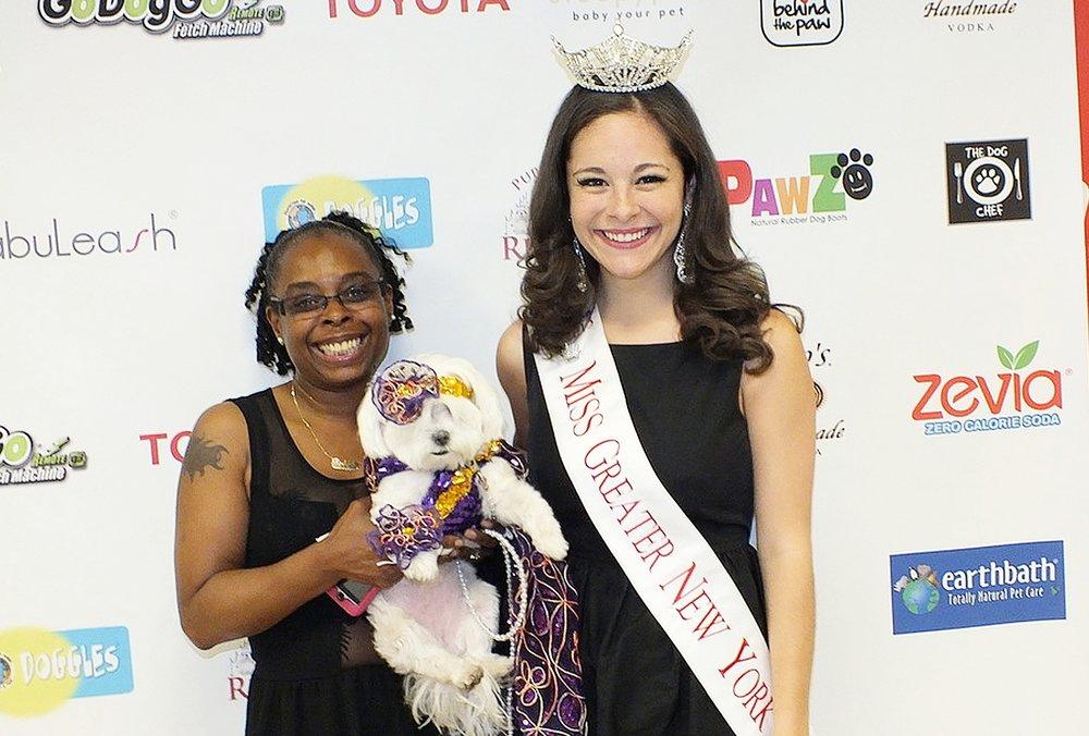 Bobbi T Mitchel entrepreneur puppies on the runway girlboss female entrepreneur werule we rule