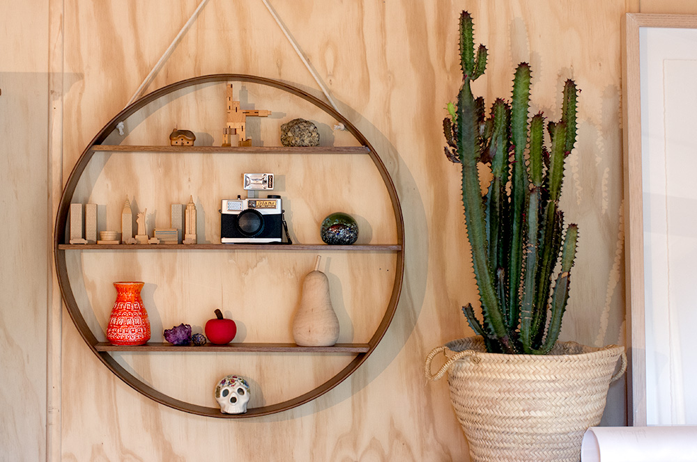 How great does this  Bride & Wolfe  shelf look, and that cactus...