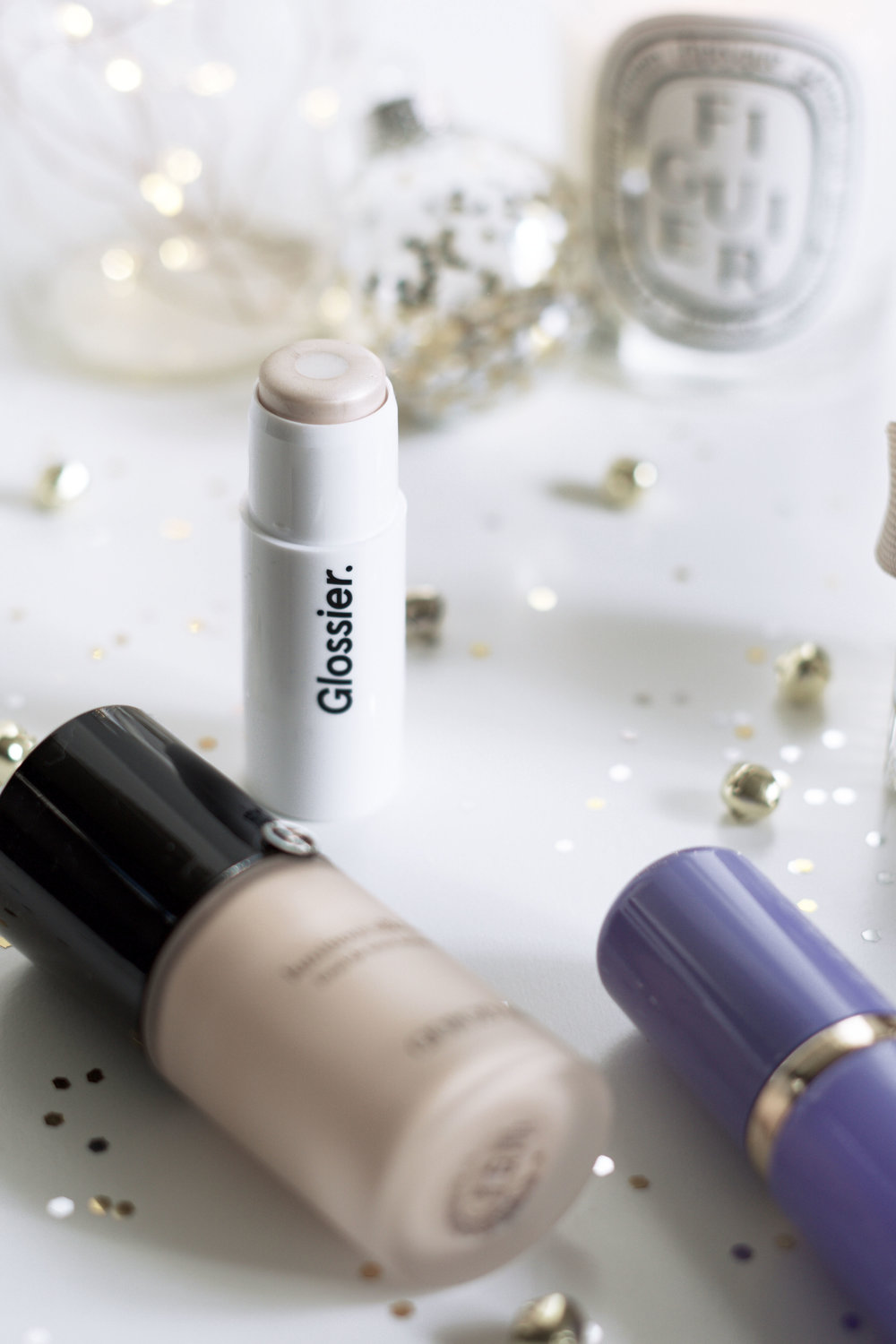 November-Monthly-Beauty-Favorites-2016-Glossier-Haloscope-Quartz