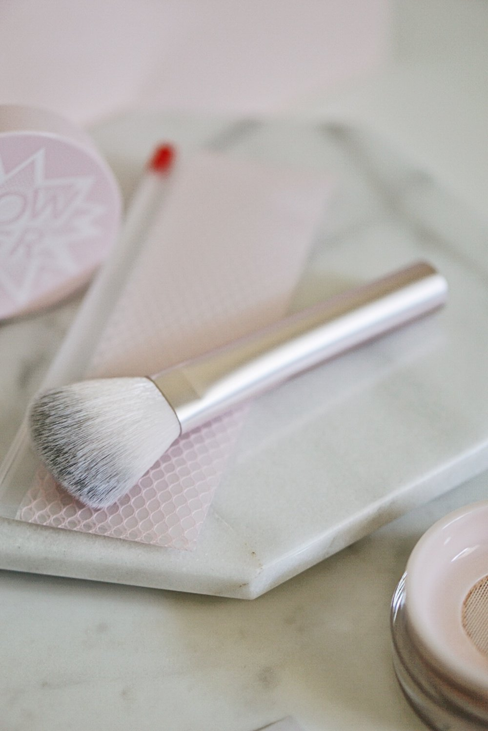 Glossier Makeup, Wowder Powder Brush Duo, Glossier Rep Discount Code