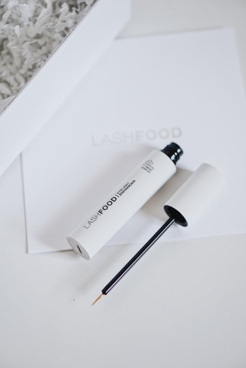 Lash-Extensions-LashFood-Eyelash-Enhancer-Review-Thoughts