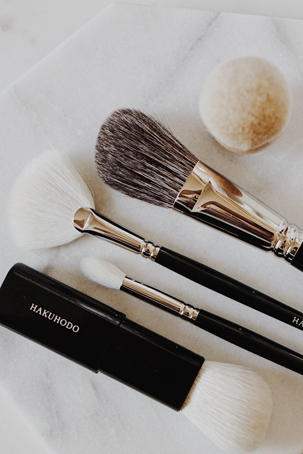 Hakuhodo Brushes J5522 J4004 Powdered Angle Brush Slide Face Angled Maple Kinoko Brush