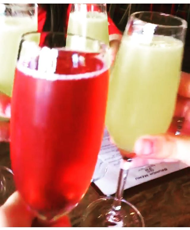 It's hot, why not have a nice cold glass of mimosa? #brunch #dcbrunch #draftingtable