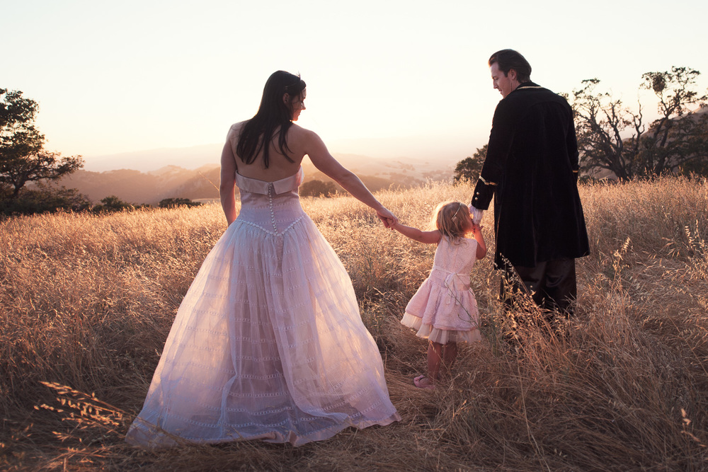Fairytale Family Portrait // Ashley Petersen Photo