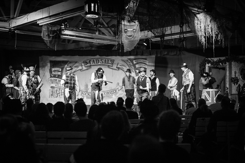 Watch a show at the Great Christmas Dickens Fair // Ashley Petersen Photo