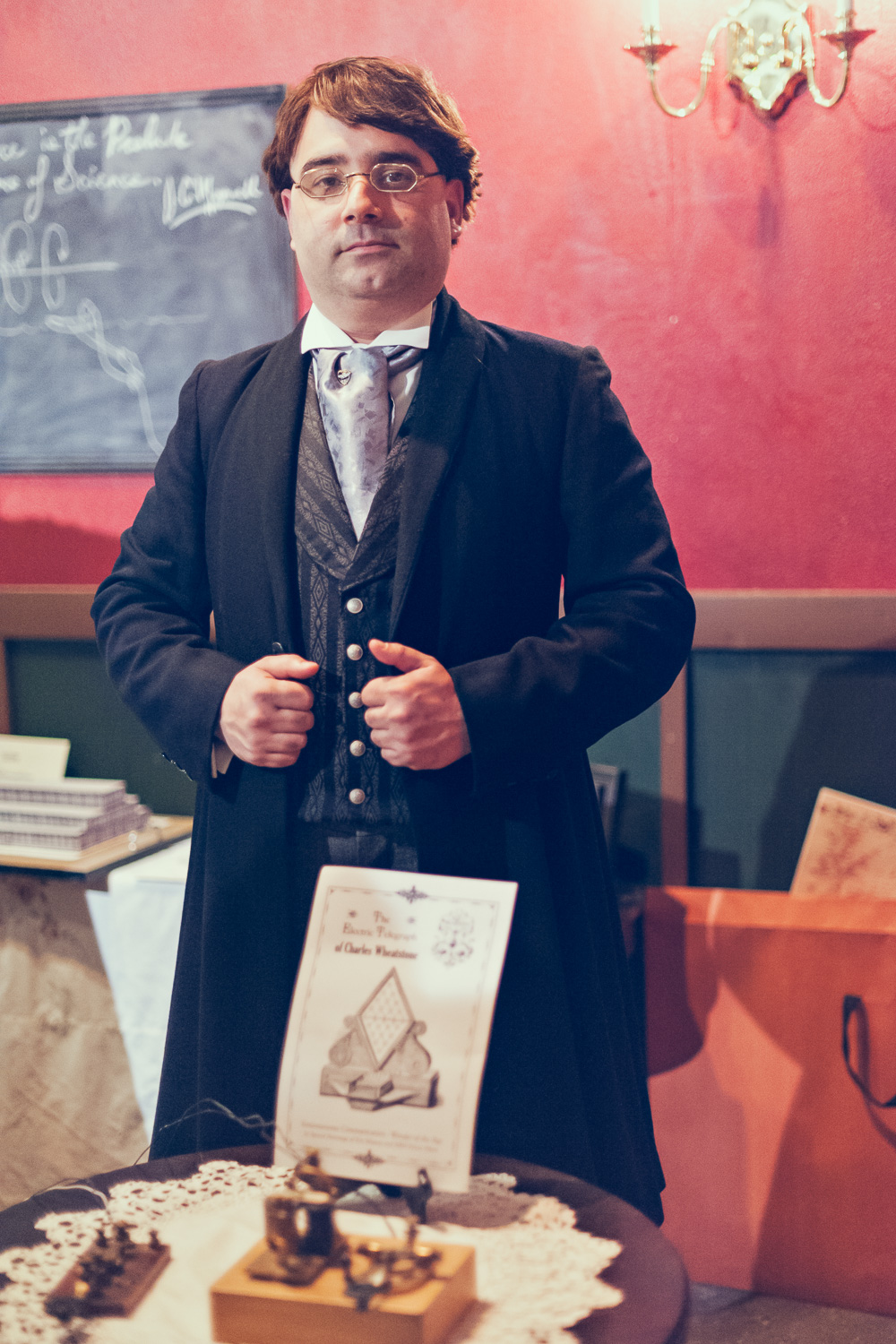 Portrait of an inventor // The Great Christmas Dickens Fair // Ashley Petersen Photo