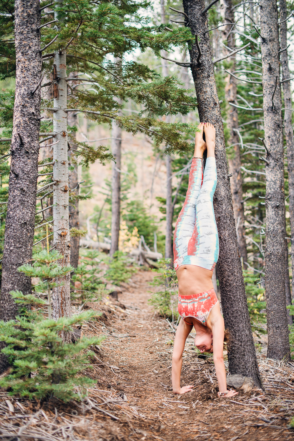 Yogi Ashley Dien // Hand Stand // Ashley Petersen Photo