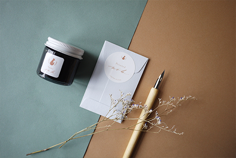The-Windsor-Workshop-MINDFUL-CALLIGRAPHY-kit-contents.jpg