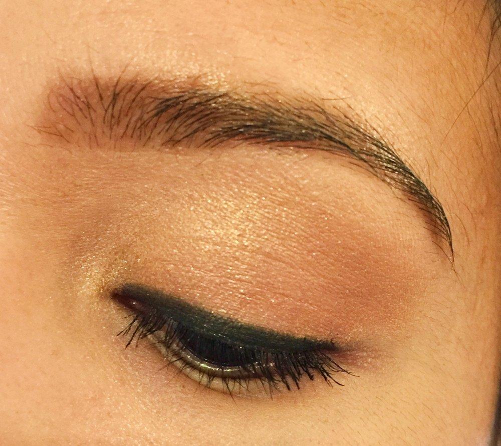 ULTA Brilliant Color Eyeshadow in Gold