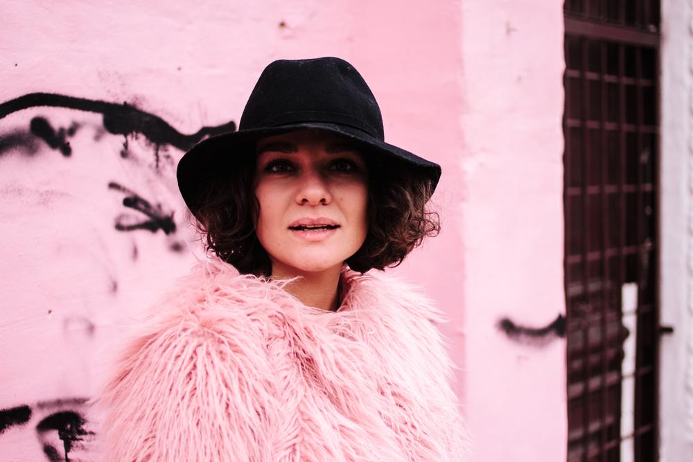 Coat -  Lookhunter_shop  | Dress -  F21 via Pick It Up  | Bag -  F21 via Pick It Up  | Boots - Bershka | Hat - Cvetkova Flora | Ring - Via Del Corso 88