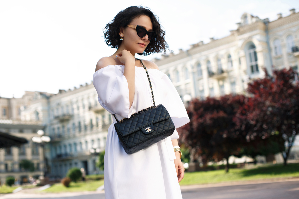 Dress - Sinzi | Shoes - Stradivarius | Sunnies - Freyrs | Evil eye earring - Fantasmo jewelry | Snake earring - Forever21 | Bag - Chanel Flap