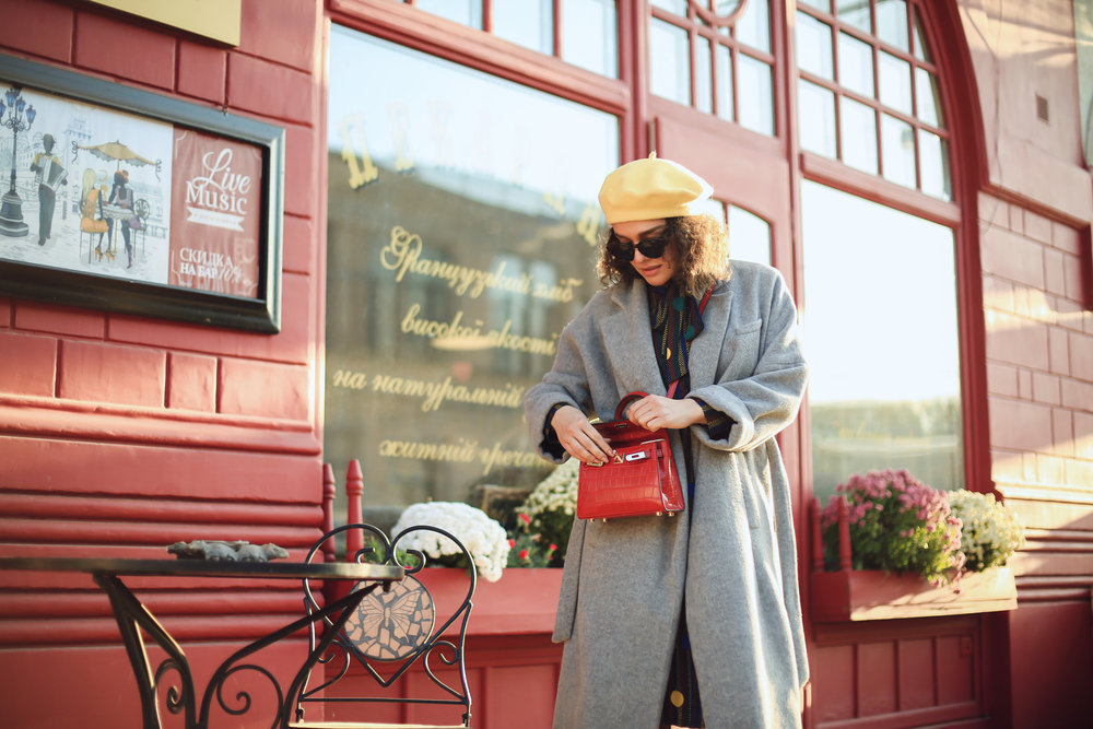 Photo -  Anna Goltsberg  Coat - Zara | Dress - Romwe | Beret - bought in Lviv | Boots - Bershka | Bag - Boutique | Sunnies -  Freyrs