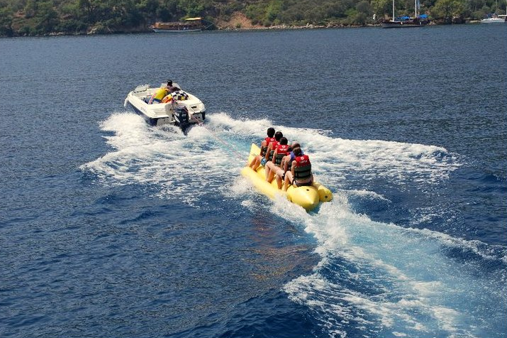 Banana Boat on the 12 Island trip