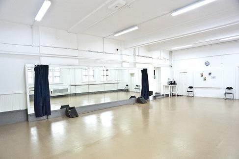 IAF Linbury Studio.jpg
