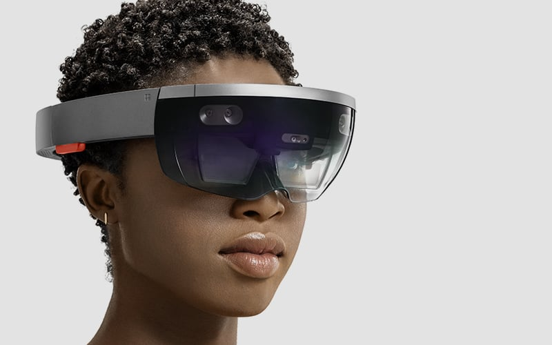 Microsoft HoloLens is the first self-contained, holographic computer, enabling you to engage with digital content and interact with holograms in the world around you.