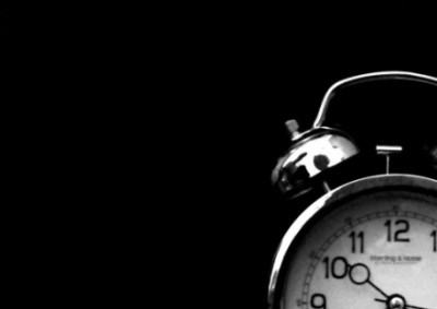 old-clock-black-and-white_facebook_timeline_cover-400x283