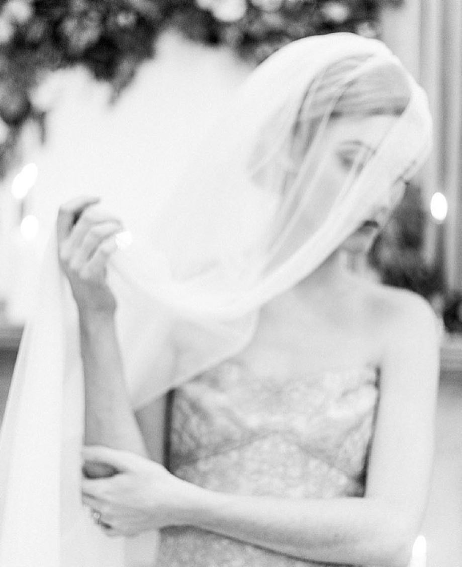 Wearing a veil for your 1:1 photo session or boudoir is a great way to get another use out of your veil and play around with how you like to wear it and have it photographed.