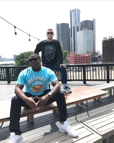 Detroiters - Tim and Sam from Comedy Central's hit TV show Detroiters repping Artsy Fart strong!