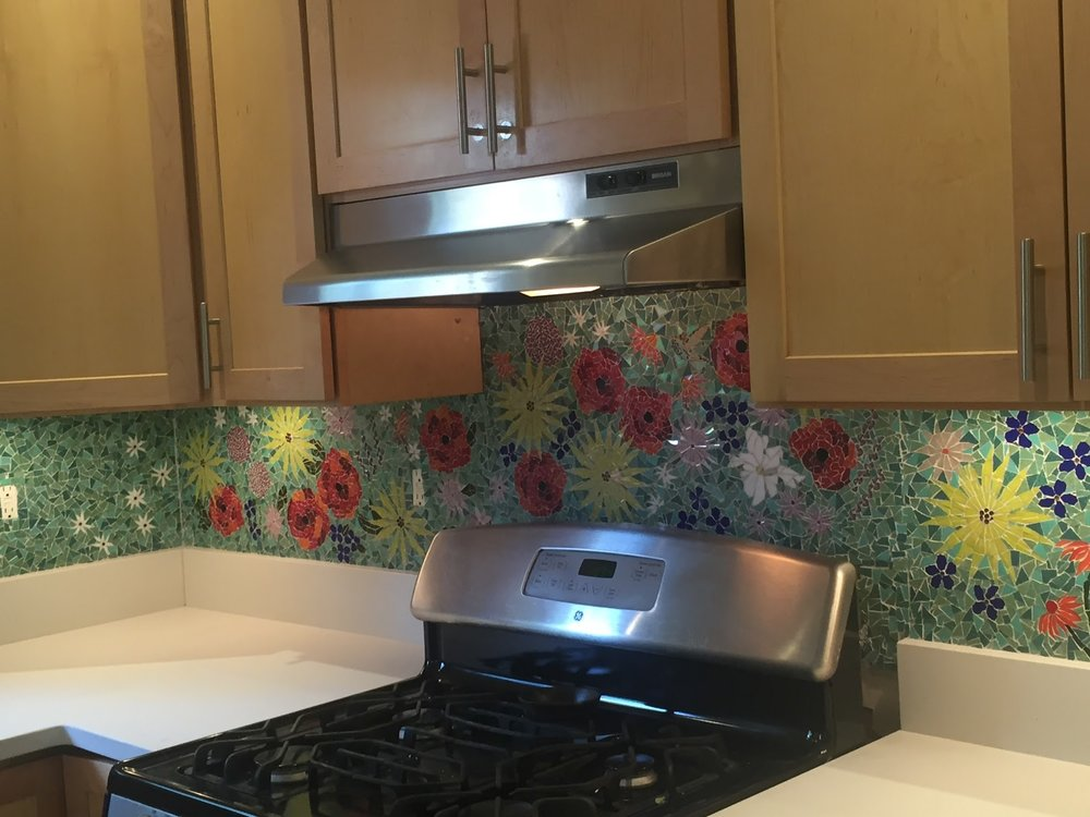 Kitchen backsplash with Venetian tile