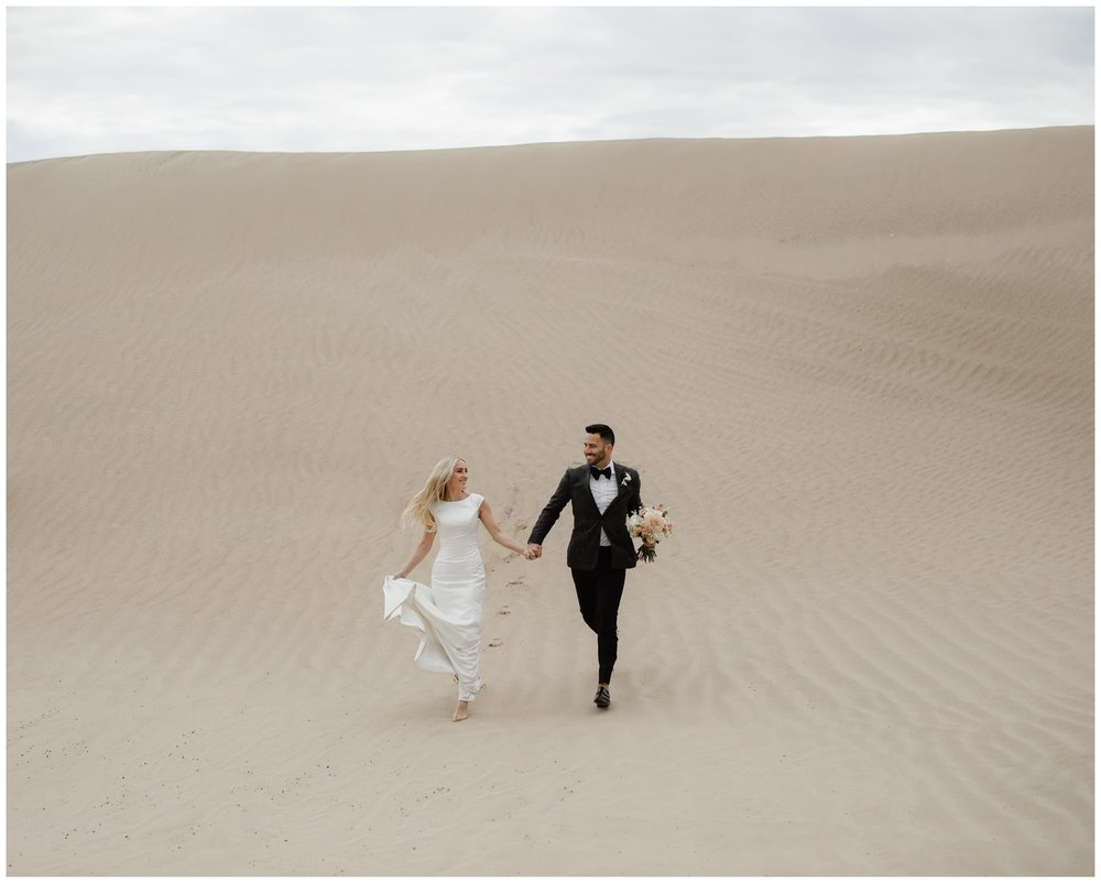 utah wedding photographer sand dunes wedding